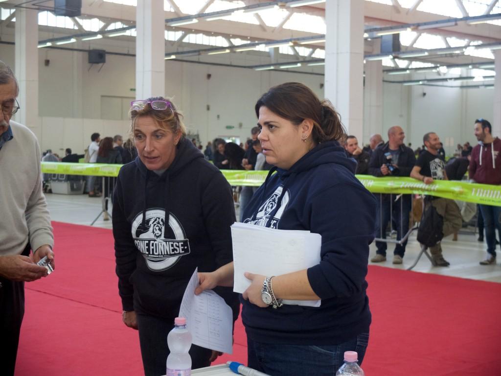 Dottoresse Raffaella Cocco e Sara Sechi - Associazione Amatori Cane Fonnese
